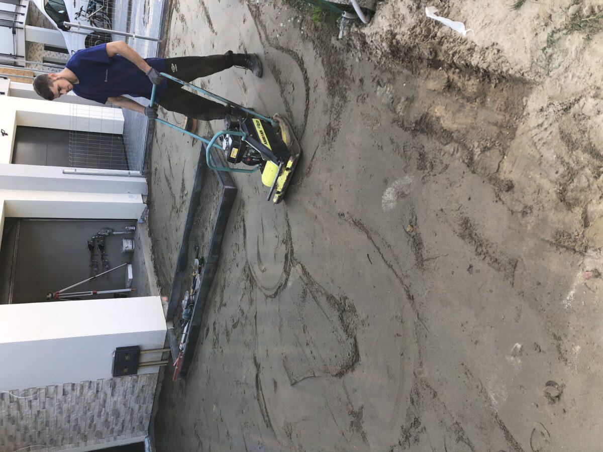 tworzenie podbudowy pod bruk
